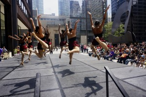 dance_at_daley_plaza