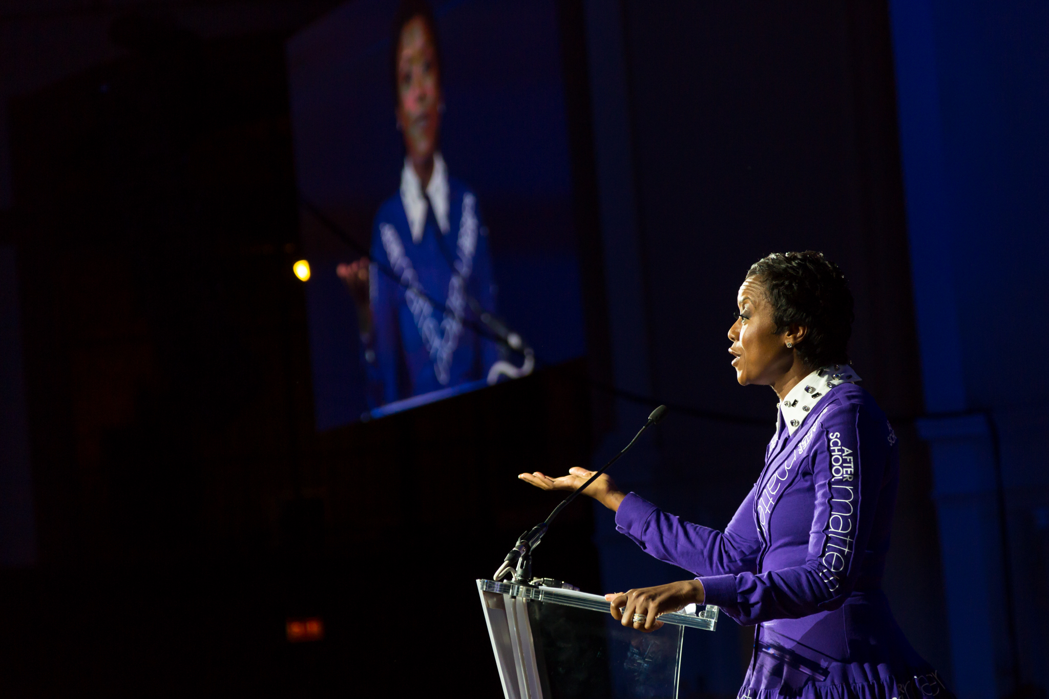 <p>After School Matters Board Chair Mellody Hobson speaks to the crowd of 1,000 supporters at the After School Matters Annual Gala on September 21, 2015 in the Grand Ballroom of Chicago's historic Navy Pier. Photo credit: Juan Martinez</p>