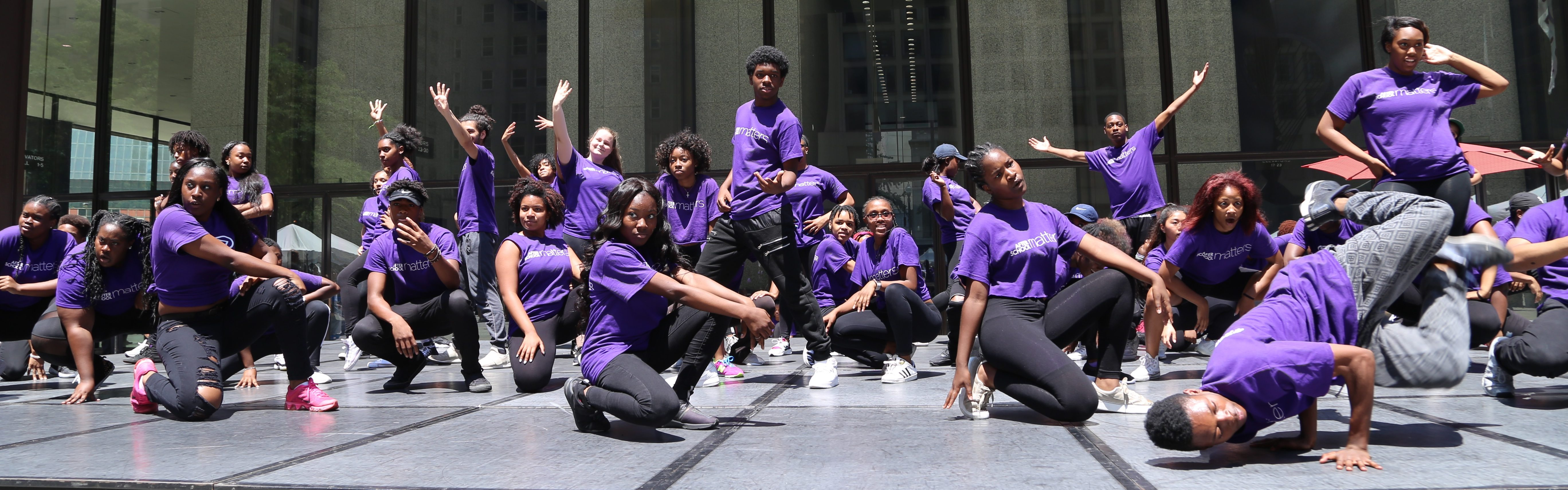 <h2>Spend your summer with us!</h2><div class='clear'></div><div class='gal_content'><p><p>Apply TODAY for summer programs!</p> <a href='https://youthreadychicago.cityspan.com/Web/sms/OnlineEnrollment/Summer2018/Application.asp'>It's what matters > </a></p></div>